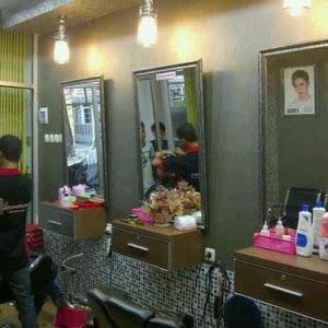 Lanang Barbershop ~ Salon Khusus Pria