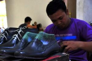 sepatu-kulit-magetan-2