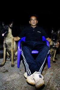 Pelatih anjing